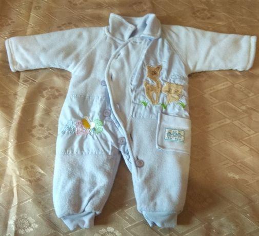 Продам осенний (весенний) комбинезон для младенцев