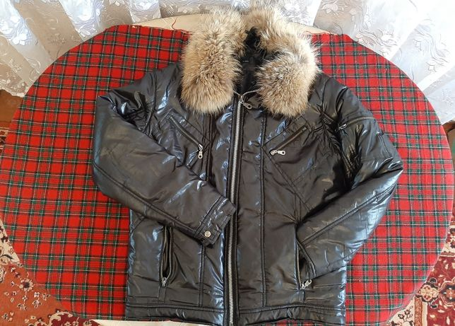 Зимняя чёрная куртка