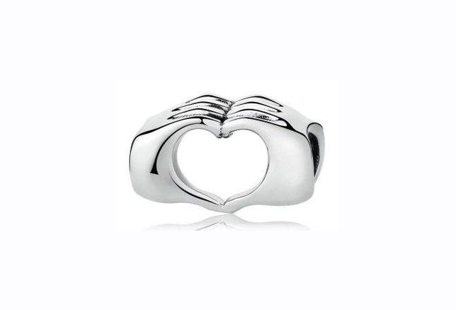 Charms Miłość Serce z dłoni dłonie do bransoletki Pandora S925