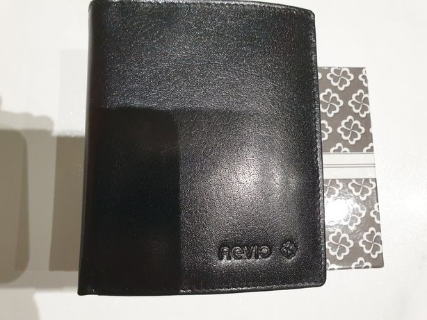 Nowy portfel męski REVIO czarny mały ze skóry