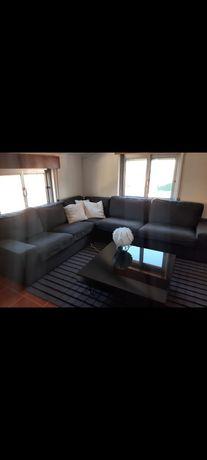 Sofá de canto cinzento, 5 lugares