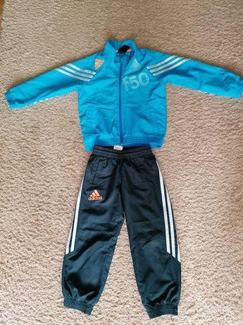 Dres dla chłopca adidas 104