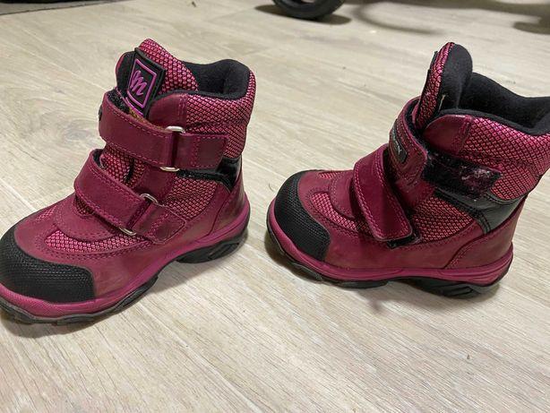 Зимові черевики дитячі для дівчинки MINIMEN
