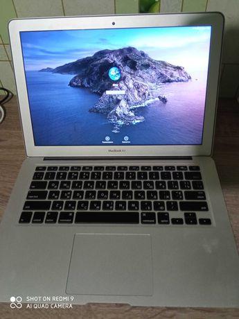 Продам MacBook Air (2 core i5, 4Gb Ram, intel hd graphics 6000)