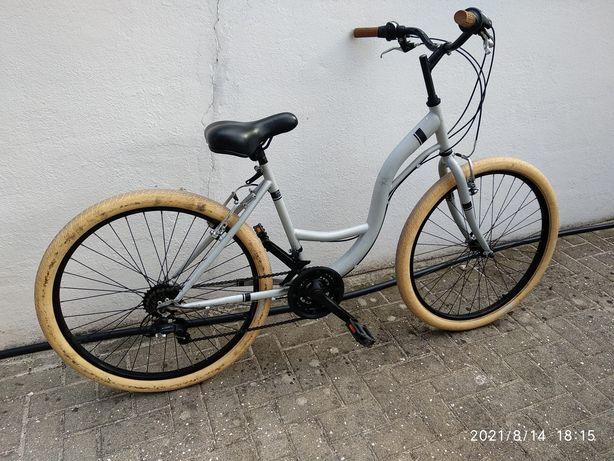 Bicicleta quadro baixo, mudanças Shimano
