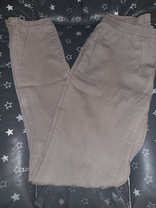 Damskie spodnie-leginsy Żory - image 1