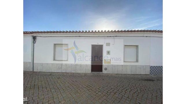 Moradia  T3 em Vila Verde de Ficalho