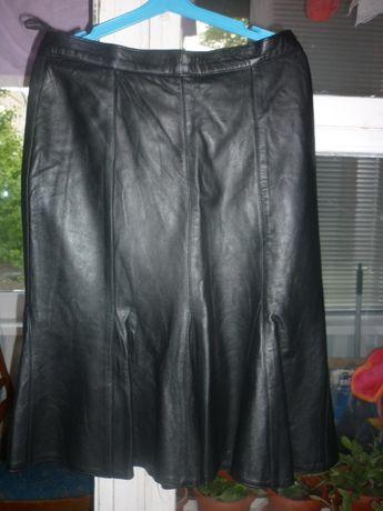 Продам новую юбку кожаную,размер L.