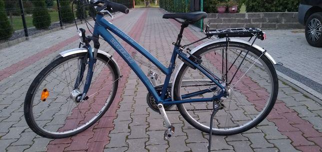 Rower miejski damka marki WHEELER OPERATOR 5.6 rama aluminiowa koła 28