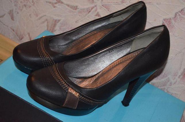 Кожаные туфли 38 размер. Состояние новых