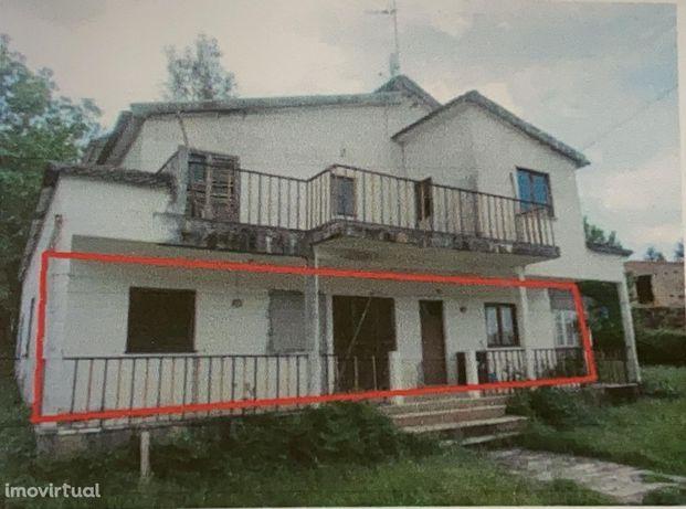 Apartamento T3, Rés de chão, Secarias ( V664PL)