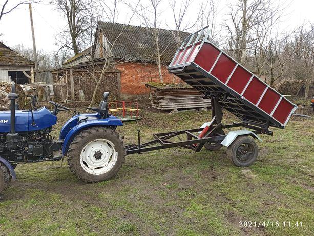 Причіп для трактора