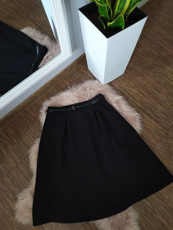 Reserved spódnica czarna rozkloszowana 38