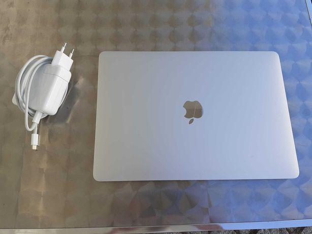 """MacBook Pro 13"""" (2018)"""
