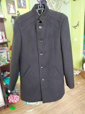 Продам пальто чоловічн