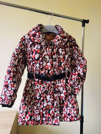 Демисезонна куртка для принцессы