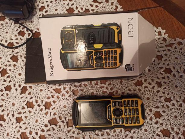 Sprzedam telefon pancerny Kruger&Matz IRON