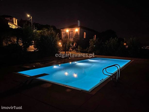 Casa rústica T5 com piscina e pomar