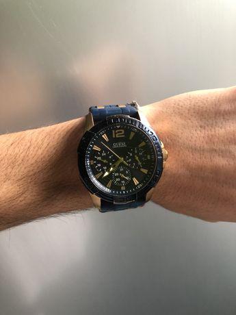 Часы GUESS W0366G4
