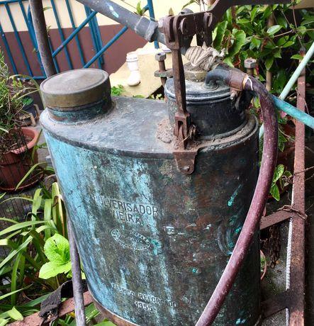 Pulverizador VIEIRA - Máquina de Sulfatar antiga