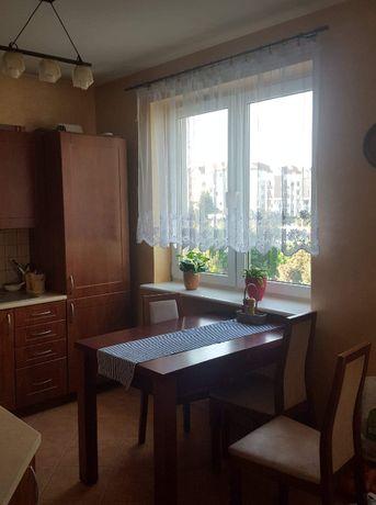 Pokój na Czubach w mieszkaniu 3 pokojowym (51m2)