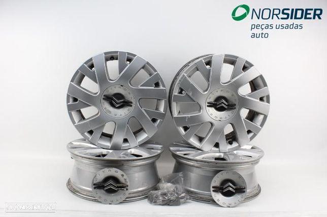Conjunto de jantes de alumínio Citroen C4 04-08