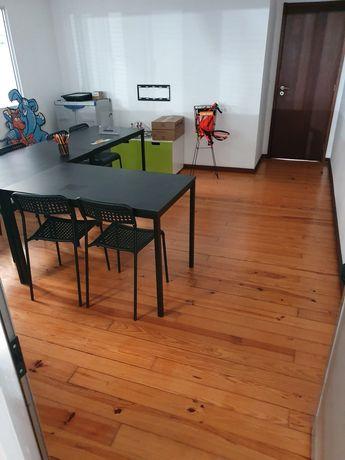 Escritório ou sala de 16 m2 em perafita