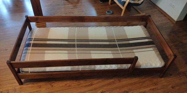Łóżko drewniane 90x200, bardzo dobry stan