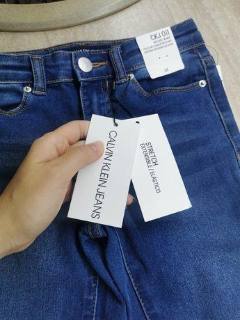 Нереальные джинсы Calvin Klein