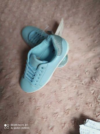 Новые кроссовки Tom&Rose р. 37 -23.5 см Польша