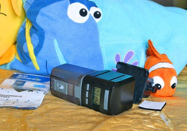 Программируемая автокормушка для аквариума с экраном, до 4 кормлений