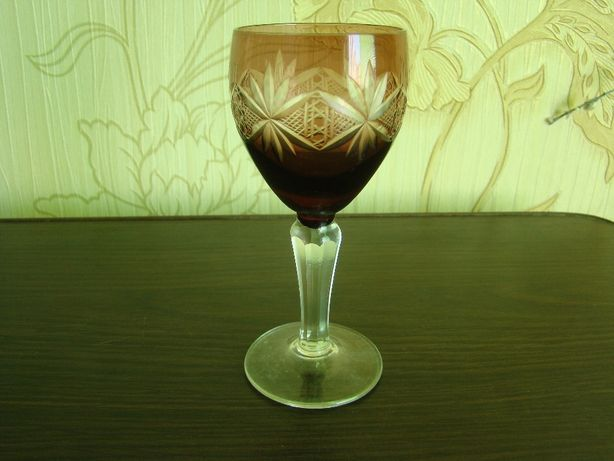 Рюмка 50-х марганцевое стекло