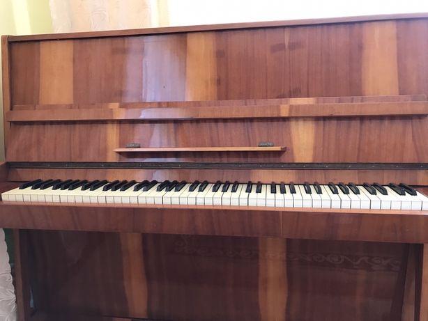 Фортепіано/піаніно Україна