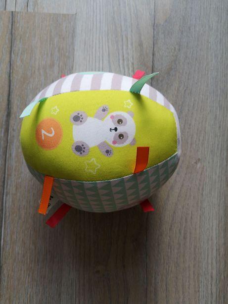 duża miękka piłka dla niemowlaka