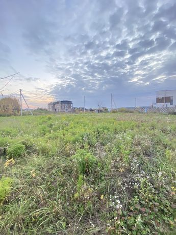Продам земельну ділянку на Чорновола