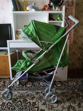 Прогулочная коляска трость Mioo