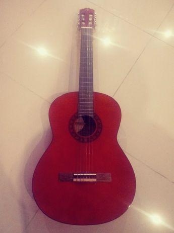 gitara  akustyczna!