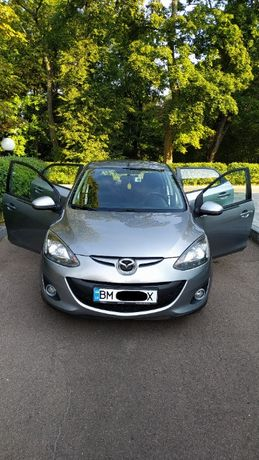 Продам Mazda 2