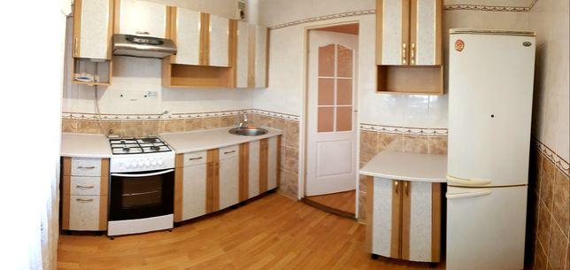 Здається 4х кімнатна квартира, Бульвар, власники