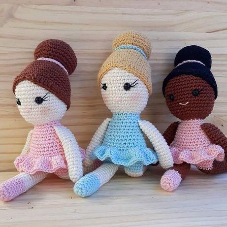 Boneca bailarina em crochet