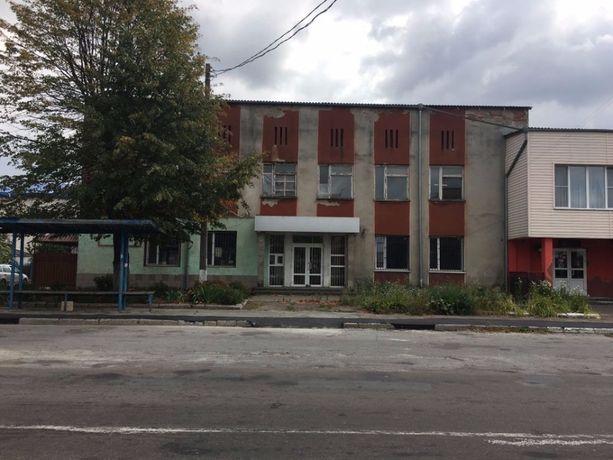 Нежиле приміщення, 338 (114,7 + 223,1) м.кв., вул. Чехова, 5