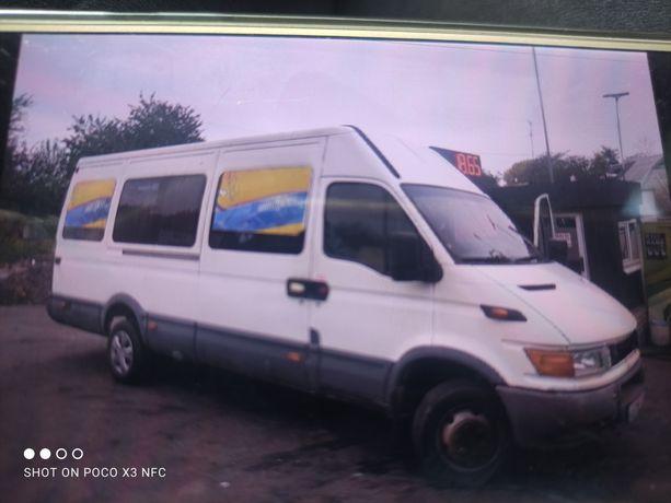 Продам микроавтобус Ивеко 35C13