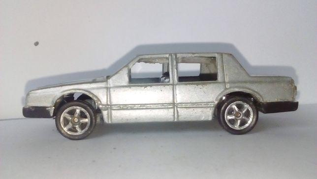 Машинки модельки Масштаб 1.60 металл высылаю и продаю от трех штук на