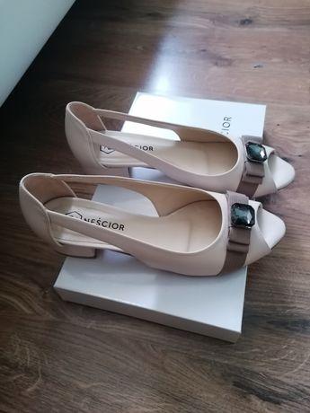 Sandały Nowe Neścior 38-24,5 cm