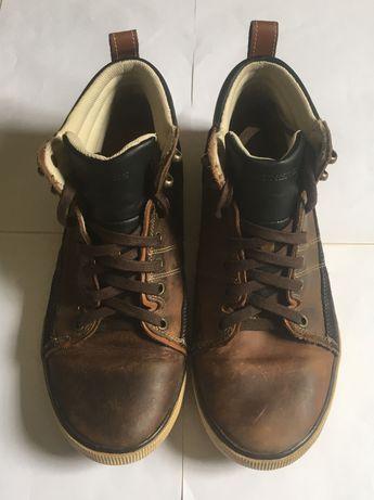 Vendo botas marca skechers