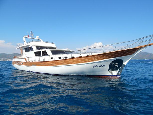 Моторная Яхта полностью отреставрирована