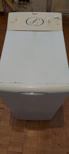 Продаётся стиральная машина Whirlpool