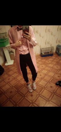 Костюм рубашка джинсы черные брюки розовая девочки набор жилетка весна