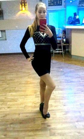 Праздничное платье на худенькую девочку-подростка