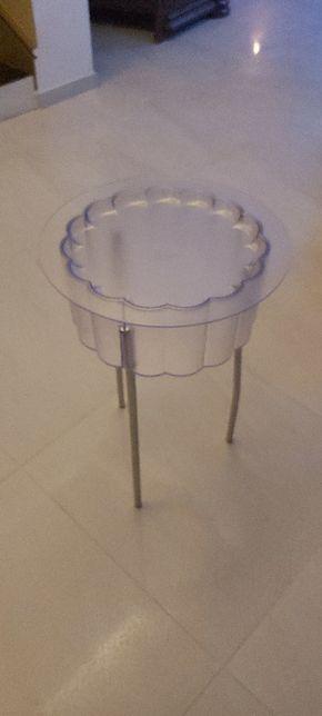 Stolik plastikowy
